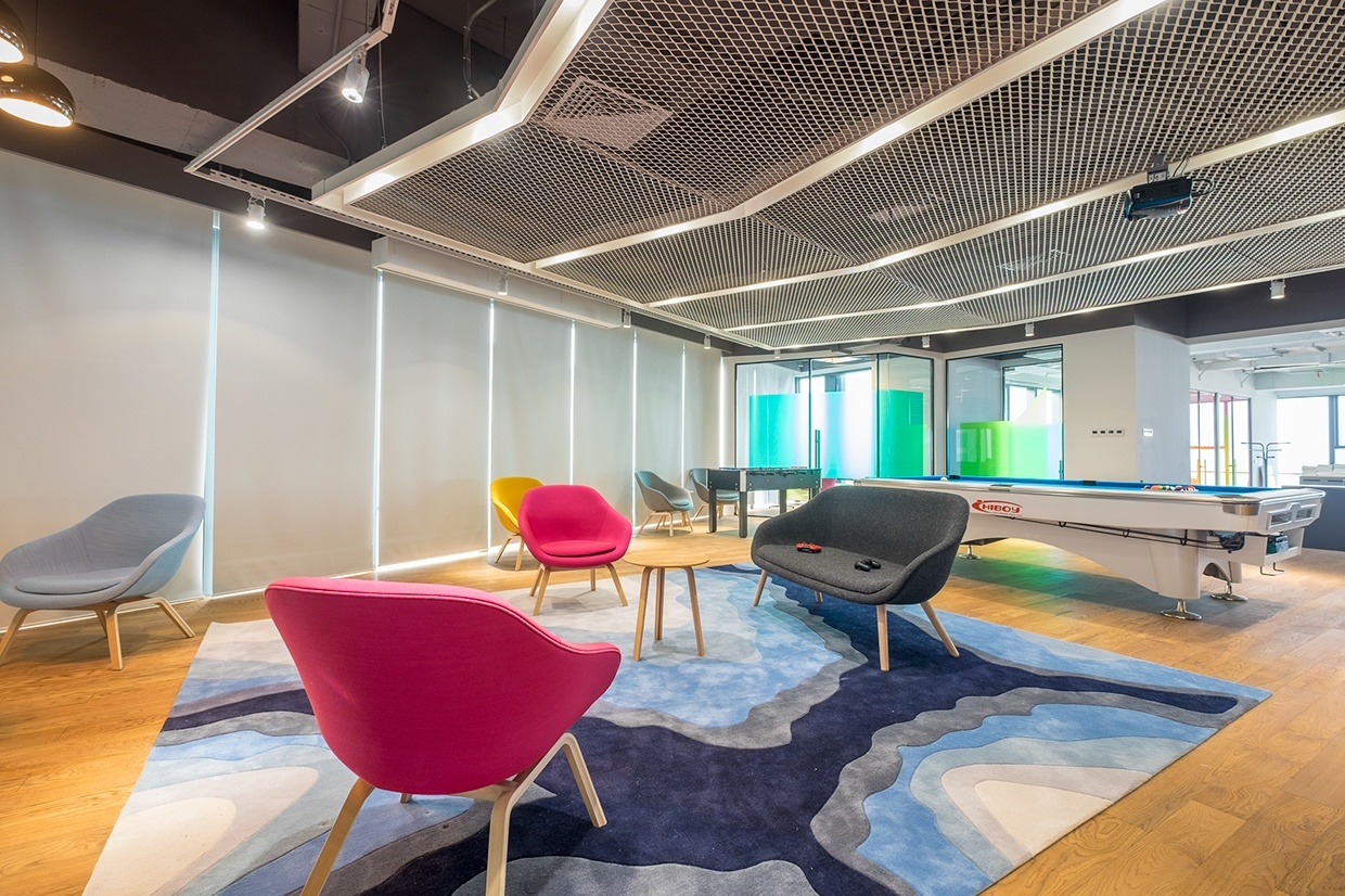 Zona soft-seating en oficina